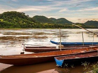 Vietnam - Laos Tours