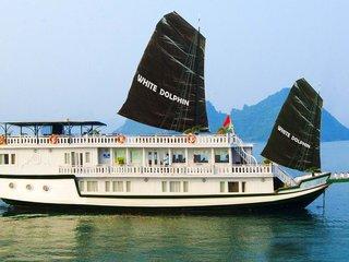 White Dolphin Cruise