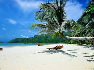 Con Dao Beach Break