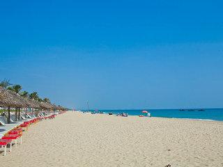 Hoian Beach Tour