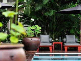 Luang Prabang Honeymoon - Laos