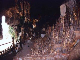 Luang Prabang City Tour – Pak Ou Caves (B, L)