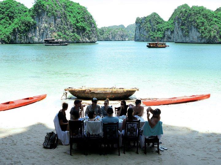 Ba Trai Dao Beach