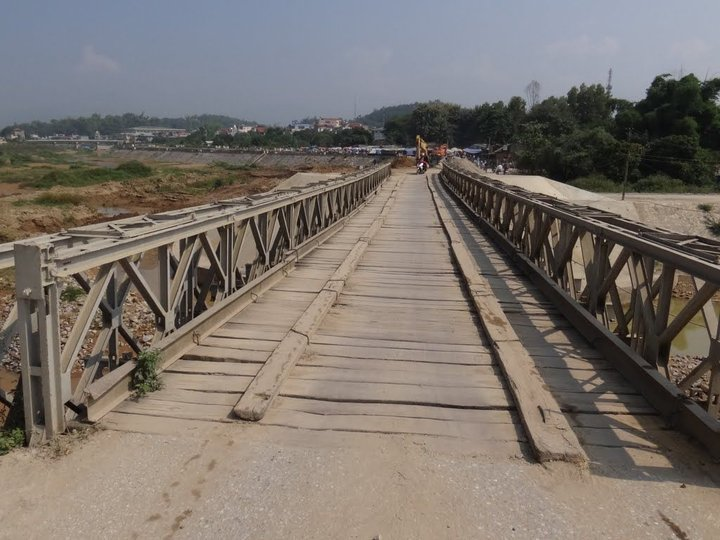 Muong Thanh Old Bridge